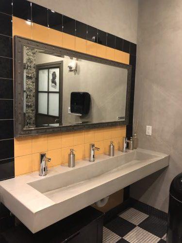 La Vie bathroom
